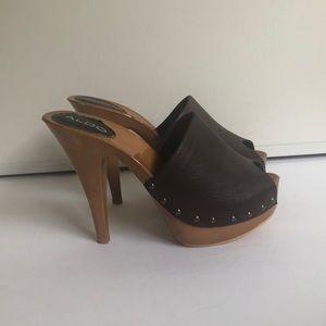 Aldo / Chocolate Brown / Platform Heels - Size 8
